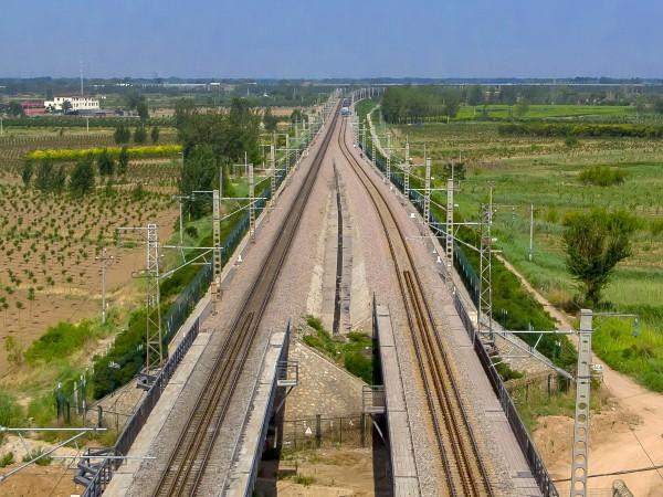中国为什么要砸几百亿给非洲修铁路?
