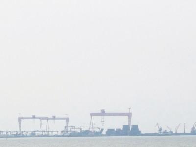 深圳西部港区要道再加深,20万吨级超大型集装箱船能通过了!