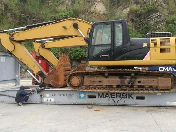 挖掘机特种柜海运到加纳